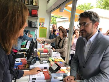 Noticias de cultura cine m sica libros toros arte for Maxim huerta libros