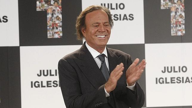 Julio Iglesias volverá a actuar en España en los meses de junio y julio