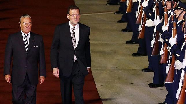Rajoy da «carta blanca» a la tesorera del PP para llegar hasta el final