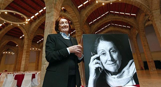 Rosa Regàs, Premio Biblioteca Breve 2013