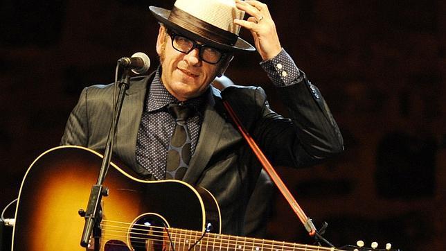 Elvis Costello actuará en Barcelona el 26 de julio