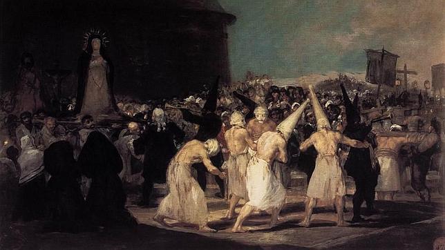 Las procesiones, aquellos «espectáculos sangrientos»