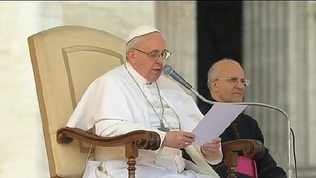 Alfred Xuereb, la mano derecha del Papa Francisco