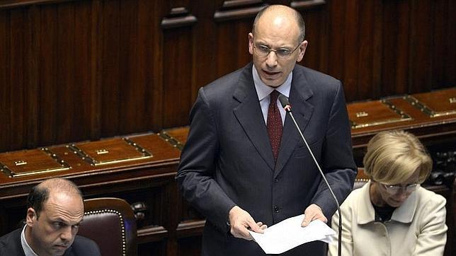 Letta anuncia la suspensión del impuesto a la vivienda que reclamaba Berlusconi