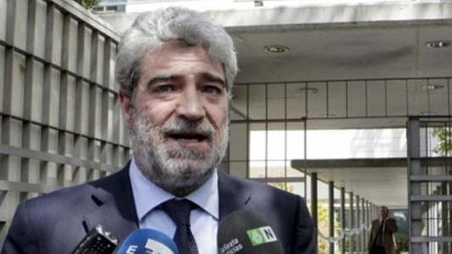 Detenido el exportavoz del Gobierno Miguel Ángel Rodríguez por conducir borracho