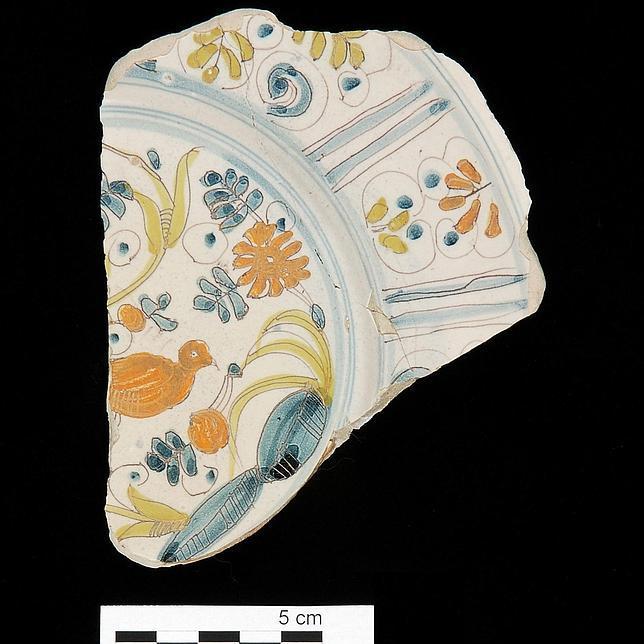 Fragmento de loza ligur recuperado en Mazarrón, hoy en el Museo Arqua