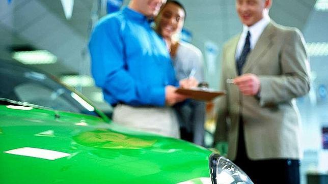 Misma disposición para comprar coche
