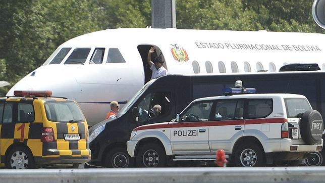 Rajoy: «Snowden no va en ese avión y todo el debate producido es artificial»