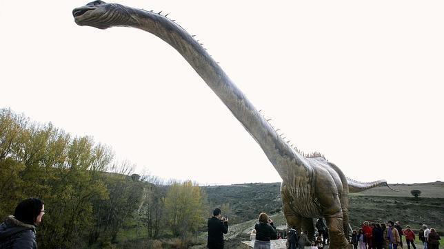 Un Estudio Revela Por Que Los Dinosaurios Eran Enormes El tema dinosaurios es uno de los que más 'vende' dentro de la ciencia. los dinosaurios eran enormes