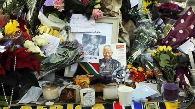 Sudáfrica mantendrá diez días de homenajes a su «hijo más querido»