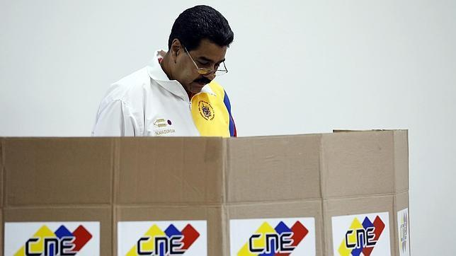 Nicolás Maduro anima a los venezolanos a votar para brindar «una victoria a Hugo Chávez»