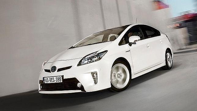 Toyota llama a revisión a casi dos millones de vehículos por un problema en el software