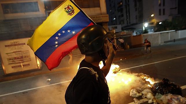 Asciende a tres el número de muertos durante la jornada de protestas en Venezuela