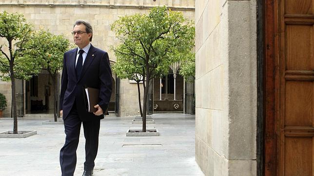 Artur Mas limita el diálogo con el Gobierno a negociar la consulta