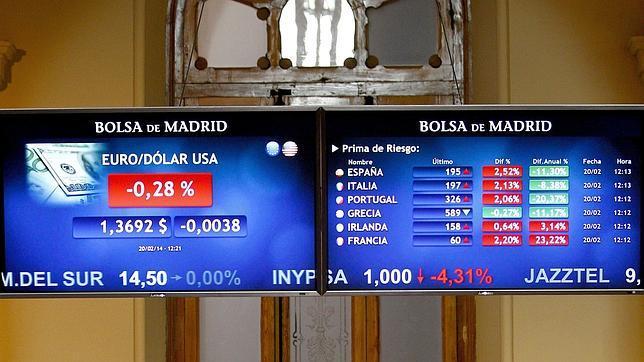 España coloca más de 3.000 millones en letras a tres y nueve meses y baja el interés