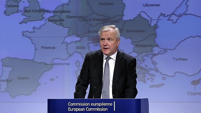 La Comisión Europea saca a España de la lista negra, pero mete a Italia y avisa a Francia