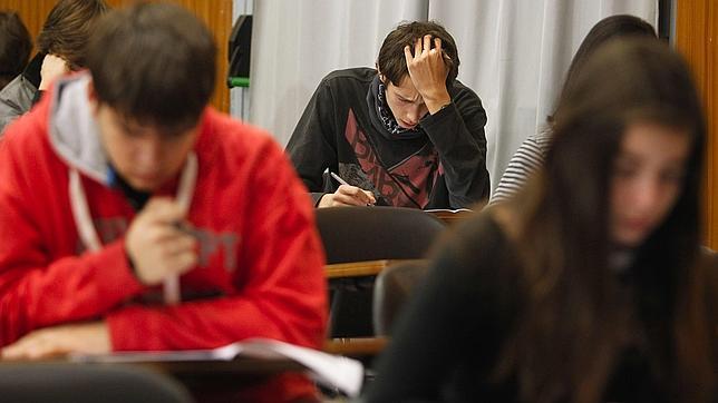 La Educación en España, al desnudo: factores que emborronan las notas del alumno y otros que no influyen para nada