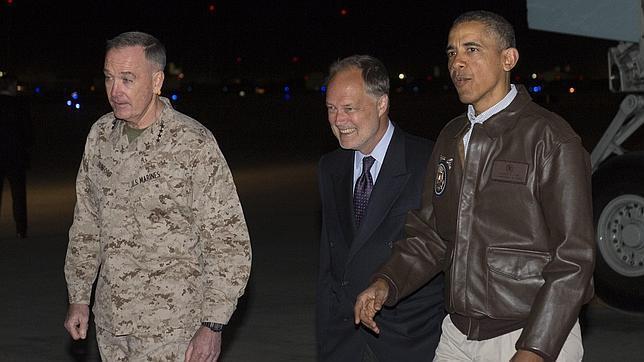 Obama visita Afganistán por sorpresa en pleno proceso electoral, pero no se reunirá con Karzai