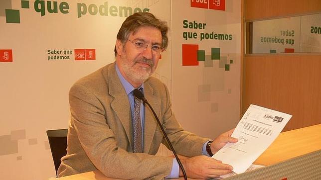 José Antonio Pérez Tapias se presentará a la Secretaría General del PSOE