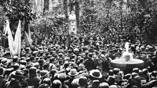 Llegada de los restos de Ángel Ganivet a Granada, en 1925