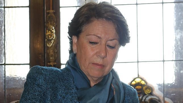 Magdalena Álvarez: «En mi dimisión mando yo»