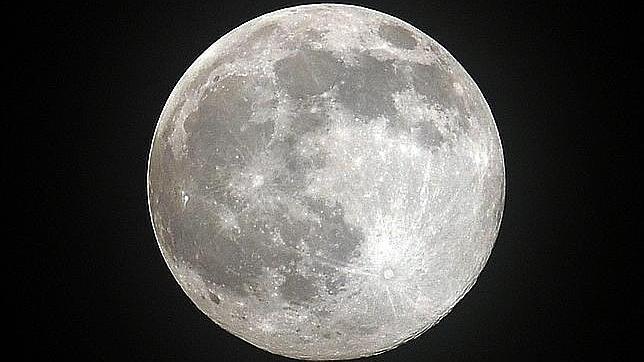 La Luna, en alta resolución para celebrar los 45 años del aterrizaje del Apolo 11