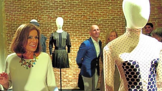 Ana Botella, en una visita al centro cultural Conde-Duque