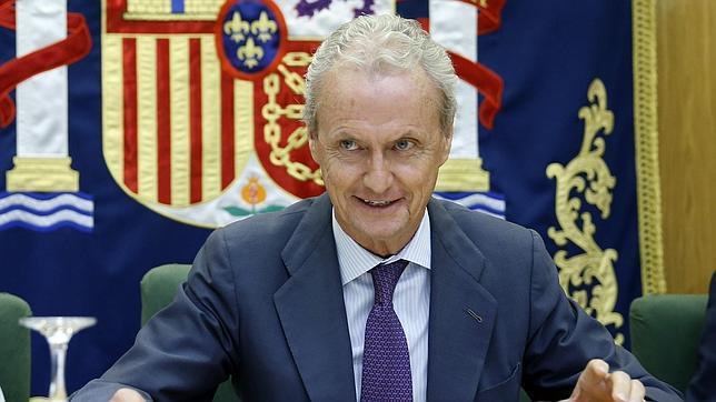 El ministro de Defensa, Pedro Morenés, durante una conferencia