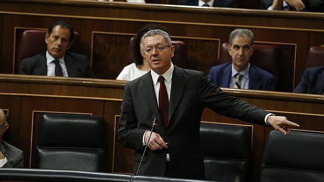 Alberto Ruiz-Gallardón durante la sesion de control al gobierno el 19 de septiembre de 2014
