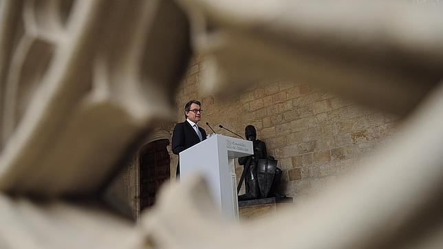 Artur Mas, en la rueda de prensa donde ha dado a conocer su «sucedáneo» de consulta