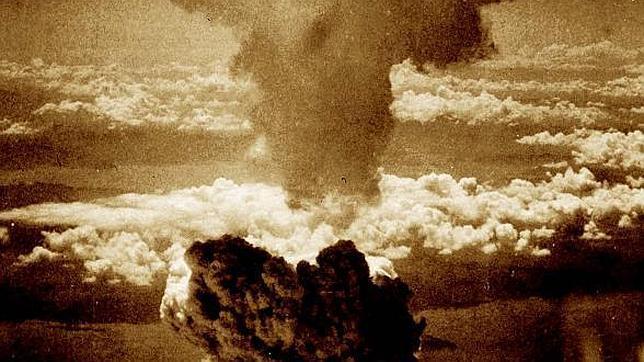 El hongo atómico llegó a alcanzar más de 18 kilómetros de altura