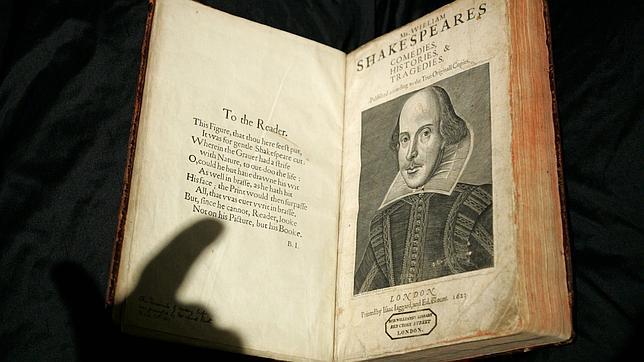 Un ejemplar del volumen conocido como «First Folio»