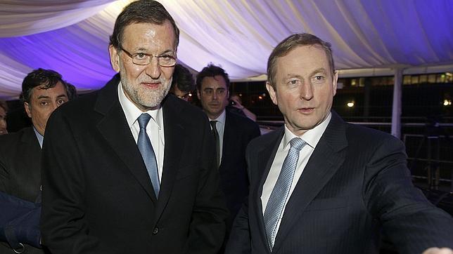 Imagen de archivo del primer ministro de Irlanda, Enda Kenny, y Mariano Rajoy
