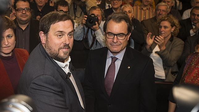 Junqueras y Mas, durante la conferencia del líder de ERC de la semana pasada