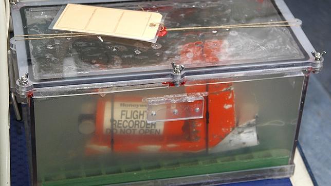 Caja negra del avión de AirFrance estrellado en el Atlántico en 2009