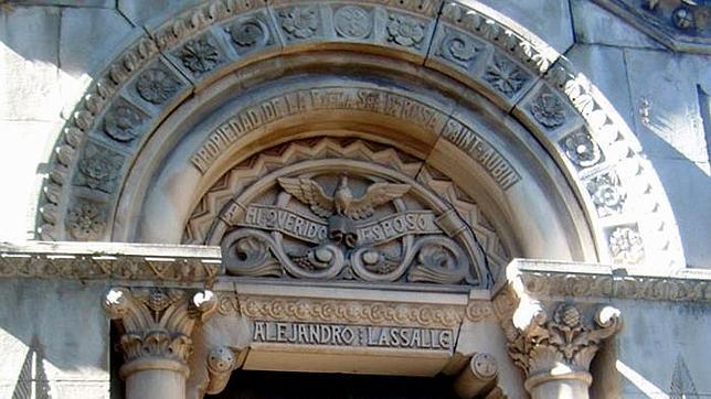 El templete dedicado a Alejandro Lassalle