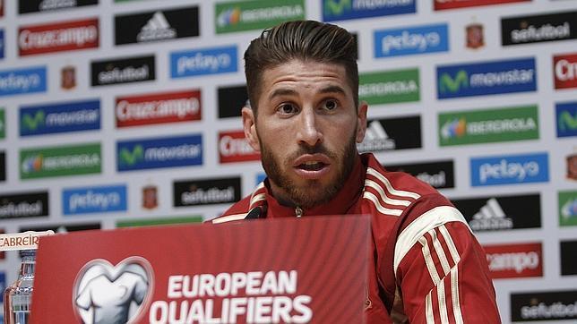 Sergio Ramos, en la rueda de prensa que dio en Sevilla con la selección