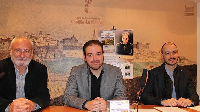 Juan Sánchez, Hernán Milla y Juan José Montero, durante la presentación del disco