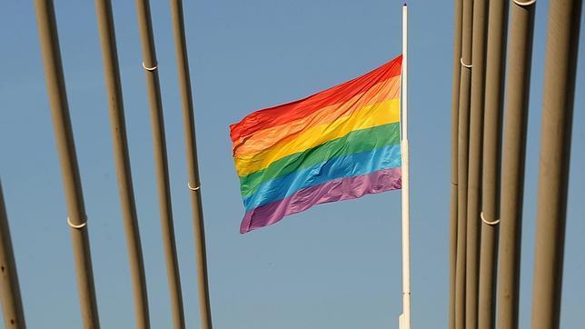 Imagen de archivo de la bandera que representa al colectivo gay