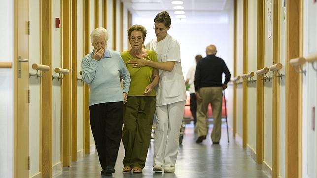 Pocas pacientes expresan qué tratamientos quieren recibir en caso de sufrir una enfermedad o discapacidad al final de su vida