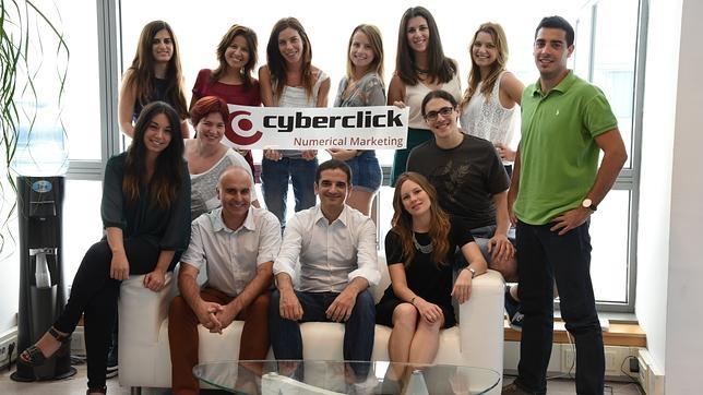 La empresa Cyberclick Group está estructurada en grupos de una docena de personas para que la comunicación fluya mejor, señala David Tomás
