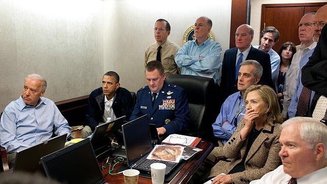 Joe Biden, a la izquierda, junto a Barack Obama, durante la operación que acabó con Bin Laden