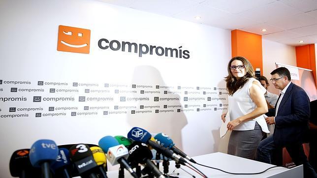 Imagen de Oltra y Morera en la sede de Compromís
