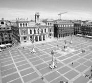 Desde la Plaza Mayor, donde estará la hoguera, parten las calles importantes. F. Heras