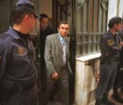 El juez Garzón, tras el registro realizado en la sede de Gestoras en Bilbao.Efe