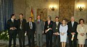 El Rey junto a la ministra de Sanidad, Ana Pastor; el presidente de la Generalitat, Francisco Camps; la alcaldesa de Valencia, Rita Barberá, y los premiados.ISRAEL GARCÍA