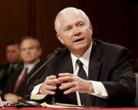 El secretario de defensa Robert Gates testifica ante el Comité de Servicios Armados del Senado. /EFE