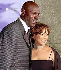 """Michael Jordan y Juanita cuando aún """"compartían"""" amor y fortuna./ ARCHIVO"""