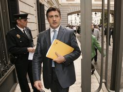 Puigcercós pide un «cordón sanitario» para ABC