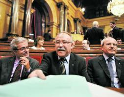 La Fiscalía pide al tripartito catalán datos de los informes encargados a personas afines